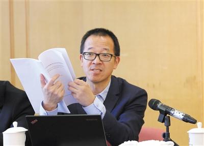 俞敏洪 天下政协委员、新东方教诲科技团体董事长 新京报记者 薛�B 摄