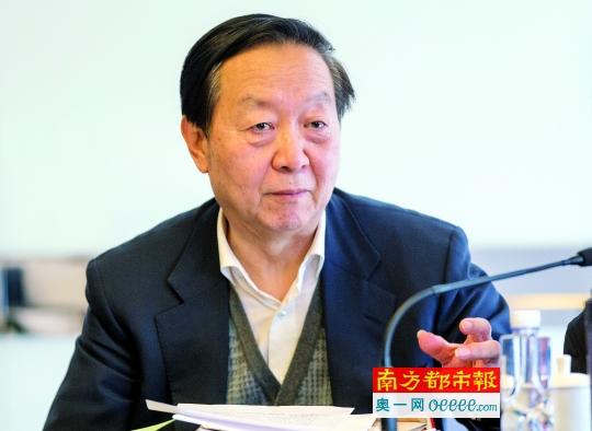 全国政协常委、工信部原部长李毅中。