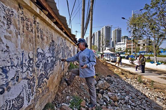 墙壁画作栩栩如生 首席记者张玉杰/摄