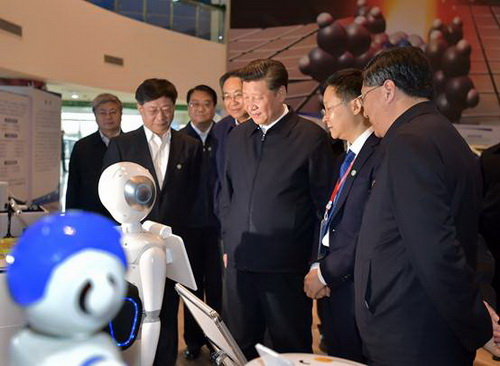 习近平考察中国科技大学:在开放中推进自主创新,千涩成人网bt合工厂
