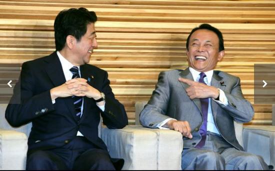 日本在野党集体向安倍内阁提出不信任案