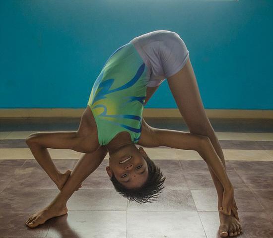 教练已经训练詹古姆柔术和瑜伽8年时间。(网页截图)