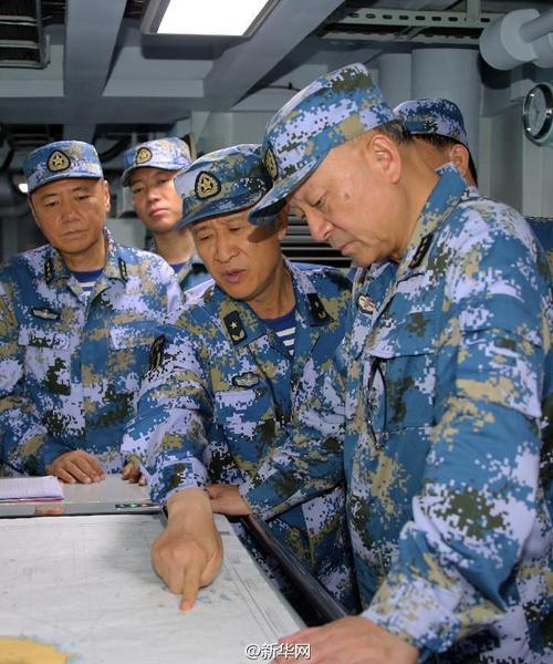 水师在南海举办实兵抗衡练习 吴成功现场领导