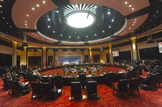 △ 当地时间2016年7月26日,老挝万象,东盟外长会议在老挝首都万象召开。(图/CFP)