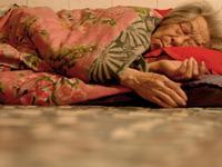 我的奶奶:大地震幸存者