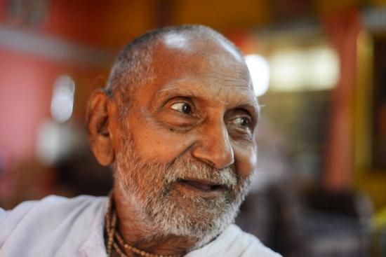 印120岁人谈长寿秘诀:不近女色每天做瑜伽(图)_社会新闻_大众网