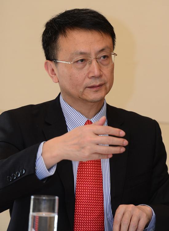 北京大学国际关系学院院长、教授贾庆国。