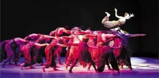 图片说明:舞蹈剧场《遇见大运河》剧照(资料照片)