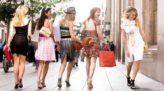 《欲望都市》|宽裕出的时间,还能用来买奢侈品。