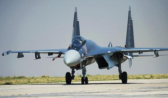 苏35战机