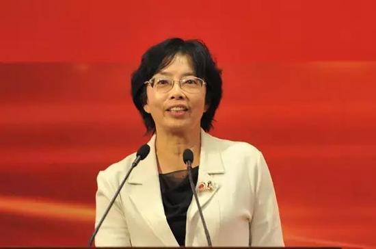 中国人民大学法学院教授   范愉