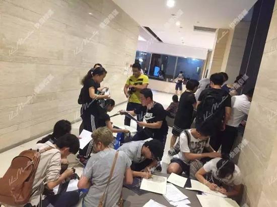 杭州楼市新政:有人省60万 有人连夜丢了学区房