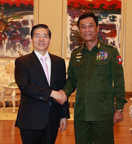 9月27日,国务委员、公安部部长郭声琨在内比都会见缅甸内政部部长觉瑞,并共同主持中缅第五次执法安全合作会议。