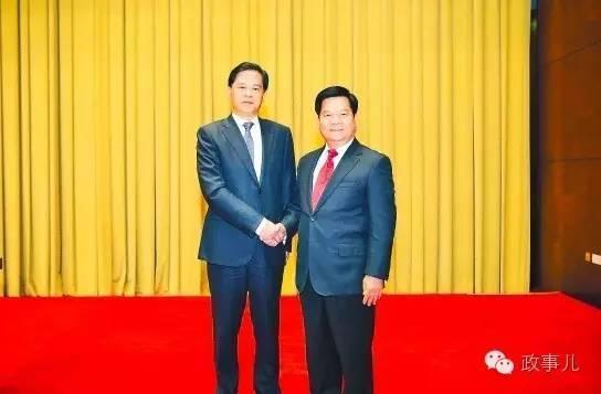 陈豪(左)与李纪恒