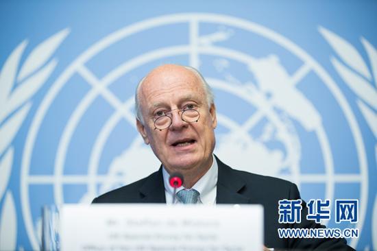 10月6日,联合国叙利亚问题特使德米斯图拉在瑞士日内瓦万国宫出席记者会。新华社记者 徐金泉 摄