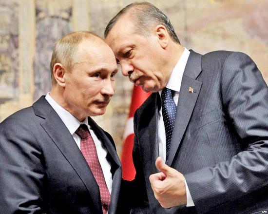 10月10日,普京与埃尔多安在伊斯坦布尔举行会谈。