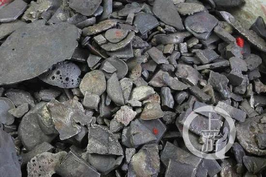 江口沉银遗迹邻近发明的碎银。