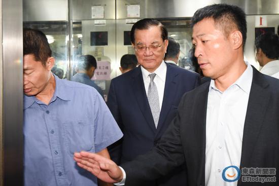 洪秀柱邀马英九、连战、朱立伦、吴伯雄谈党产议题。(图片来源:台湾东森新闻云)