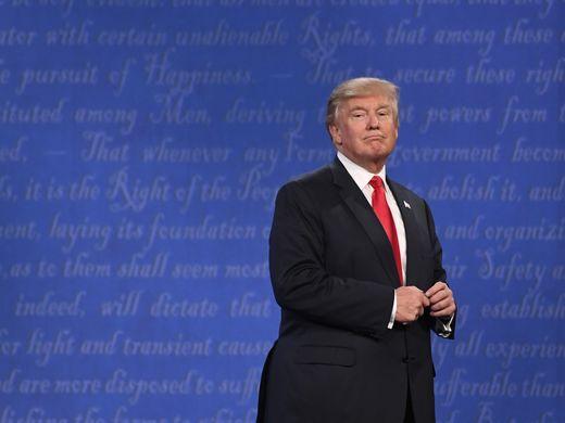 特朗普来自上层,却被美国底层民众所拥戴。