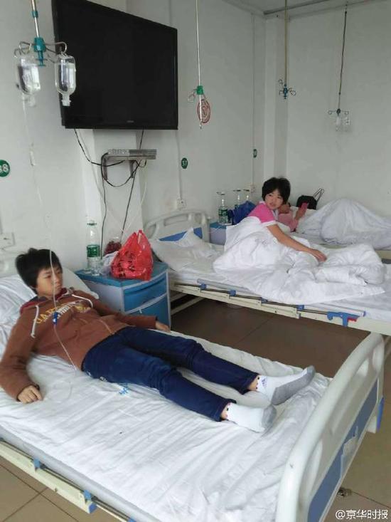 患者在医院打点滴