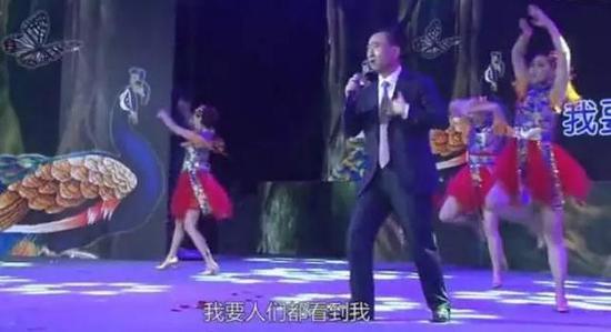▲王健林演唱歌曲的视频曾一度串红网络
