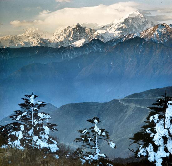 长江,玉龙雪山,1977年。