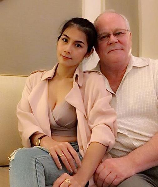 泰色情明星放弃拍片转信佛 嫁给美国70岁富豪