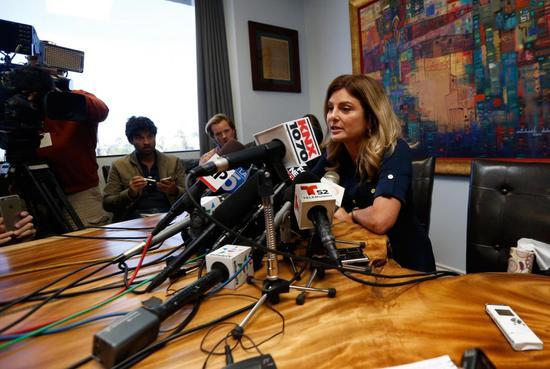 女子称13岁遭特朗普强奸 受威胁未能出席发布会