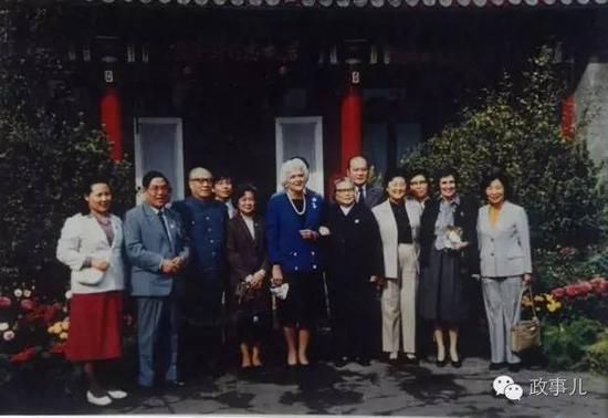1985骞达�搴峰��娓�绛��ㄥ��搴�榫���灞�浼�瑙�缇��藉�����荤�甯�浠�澶�浜恒��
