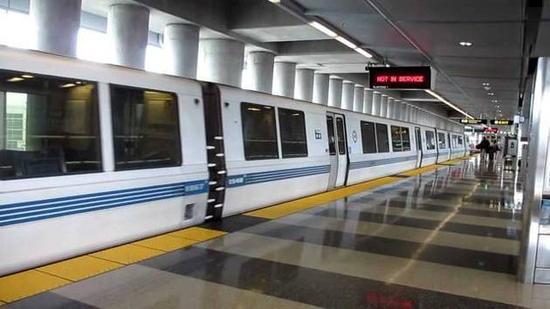 旧金山湾区地铁站,图片来源:BART