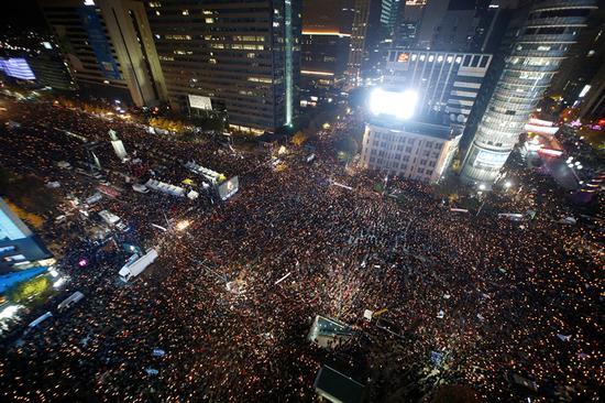 """韩媒:朴槿惠该做""""重大决断"""" 或直接宣布下台 文化 第1张"""