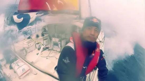 航海家郭川失联20天:同学称从没把他当英雄