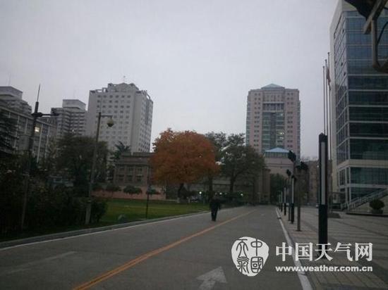 今天白天北京有中度霾局地重度霾