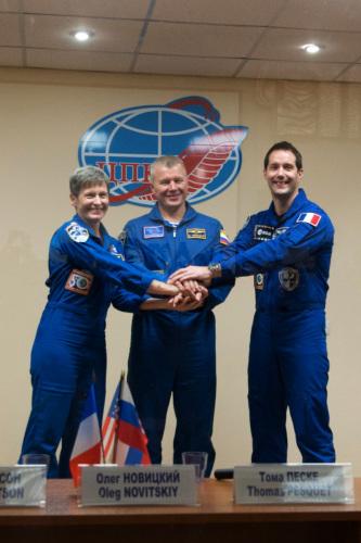 美俄法宇航员将携米其林美食赴国际空间站(图)