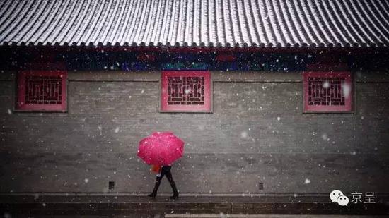 北京初雪 天亮说你好!