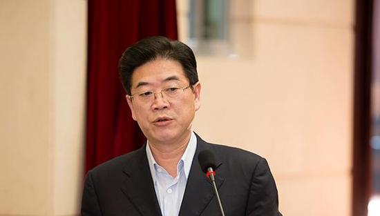 湖南衡阳市委原书记被双开 长期公款雇专职保姆