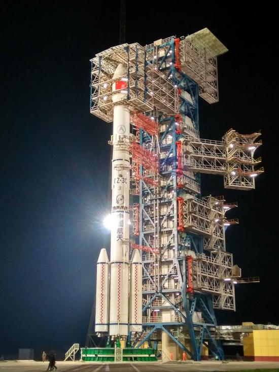 中国第四颗地球同步轨道数据中继卫星成功发射