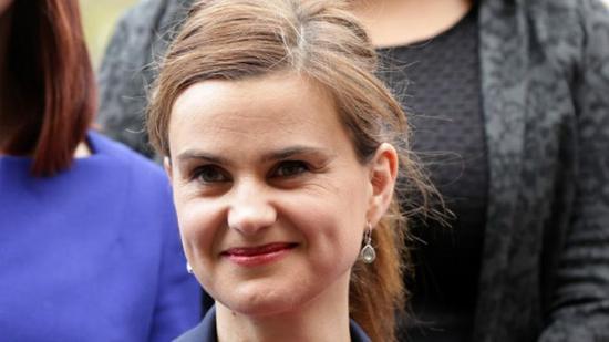 欧女_枪杀支持留欧女议员 英国极右翼男子被判终身监禁