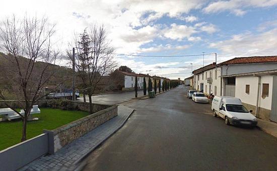 费尔南德斯的家乡Cerezales del Condado村。