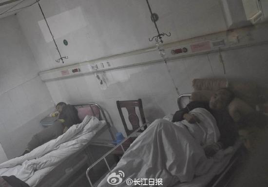 丰城电厂事故伤者正接受治疗(图) 新闻 第2张