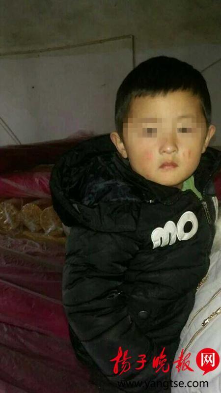 3岁男童突然失踪 发现时已被压布堆中窒息死亡