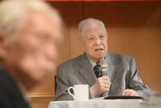 李登辉:台湾要走自己的路 不必与大陆维持现状