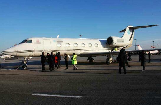 公司拖欠管理费达数千万元 飞机被法院查封(图)
