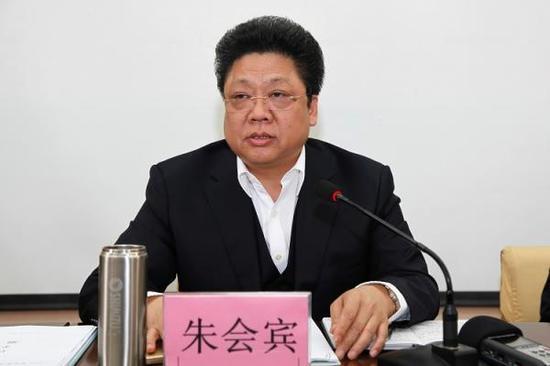 河北卫计委原副主任被双开 长期用下属单位公车