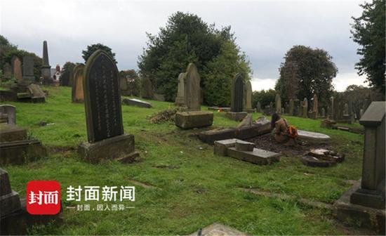 英国纽卡斯尔北洋水师水兵墓现状。