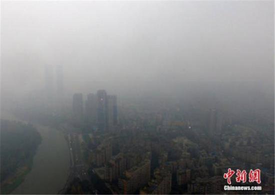 四川盆地于11月28日出现了今年入秋以来的第三次区域性污染过程。