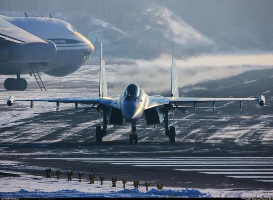 俄罗斯空天部队装备的苏-35战斗机