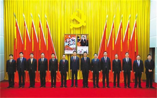 """西藏自治区党委常委中已经没有""""戎装常委""""。"""