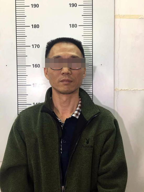 就逮后,陈恂敏提出想给妹妹写信,指望快判,提前摆脱。广州警方供图