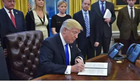 特朗普禁止7国公民入境美后 全世界开始反击了快感方程式qvod